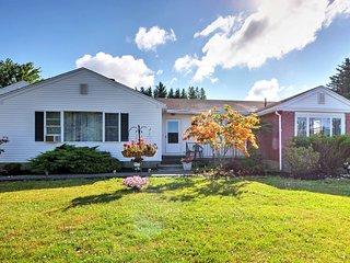 NEW! Cozy Ellsworth Home w/ Yard, 15 Mi to Acadia!