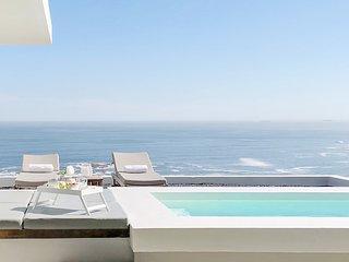 Aquatic Penthouse