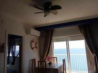 Apartamento en Torrenueva, Primera Linea de Playa