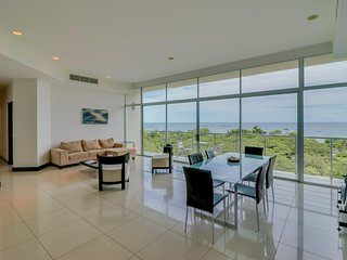 Welcoming oceanview condo w/ private balcony & shared pool - steps from beach