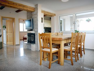 Family apartment near the beach, for 6 persons