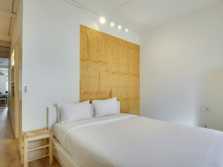 Luminous 2 bed apartment close to Park Güell