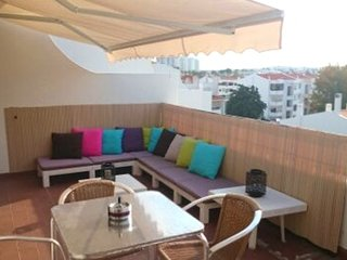 Apartment 1.1 km from the center of Albufeira with Pool, Air conditioning, Parki