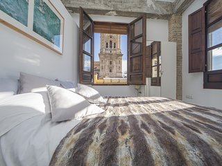 Cozy apartment in the center of Granada with Parking, Internet, Washing machine,