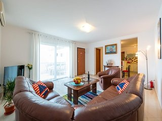 Apartment in Dubrovnik with Internet, Air conditioning, Parking, Terrace (989261