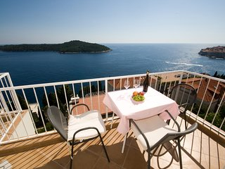 Apartment 256 m from the center of Dubrovnik with Internet, Air conditioning, Pa