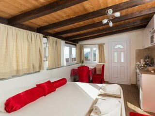 Cosy studio in Dubrovnik with Parking, Internet, Washing machine, Air conditioni