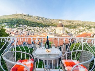 Cozy room in the center of Dubrovnik with Internet, Air conditioning, Balcony