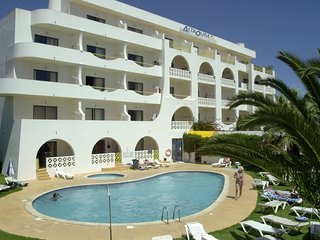 Apartment 342 m from the center of Albufeira with Pool, Lift, Parking, Balcony (