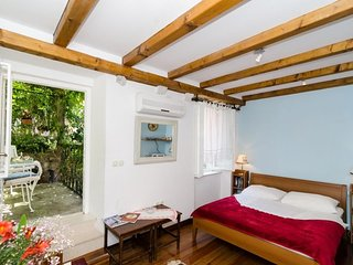 Cosy studio in the center of Dubrovnik with Internet, Air conditioning, Balcony