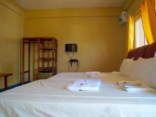 Hana Natsu Beach Resort (Deluxe Family Room 1)