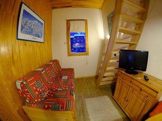 Charming 1 bed w/mezzanine