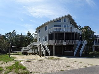 Private Pool, Hot Tub, Close to the Beach, Volleyball, Tons of Decking! OS35