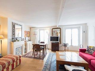 Veeve - Batignolles Balcony