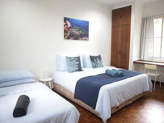 Relaxing, Central, Private Pool, FREE Breakfast & Parking (1)