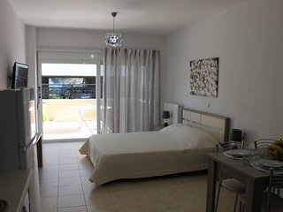 Pegys apartments . Modern 1 bedroom apt just few meters from the sea!