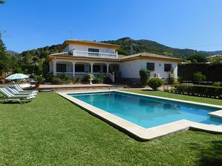 Villa with privacy and pool in Alhaurin de la Torre