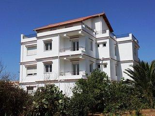 Appartement dans villa avec piscine à Dely Ibrahim