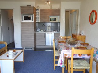 2 bedroom Apartment in Le Cruet, Auvergne-Rhone-Alpes, France - 5051166