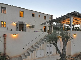 3 bedroom Villa in Cefalu, Sicily, Italy : ref 5643845