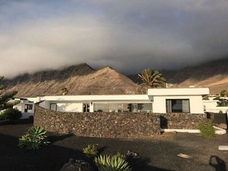 BUNGALOW NYTOSIX IN FAMARA FOR 5P