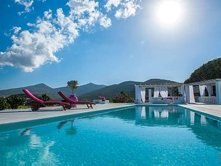 5 bedroom Villa in Kostos, South Aegean, Greece : ref 5643697