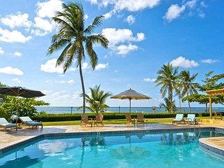 WINTER SPECIAL - South Sound 4 bedroom oceanfront villa 'Faroway'