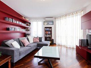 Lodi Porta Romana Large Apartment
