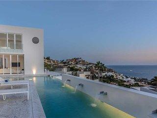 Stunning Modern Style & Ocean Views at Villa Besame