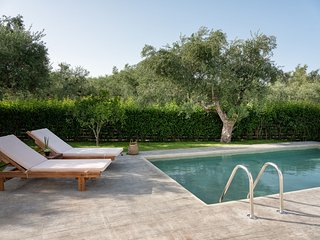 Klelia-2 bedroom villa with Private Pool