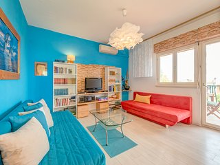 Sunny, modern, luxury sea view apartment! garden, grill, parking,300m beach, 2db