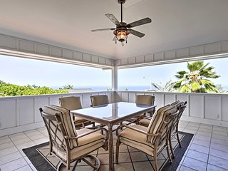 Cozy Kona Home w/ Covered Lanai - Mins to Beaches!