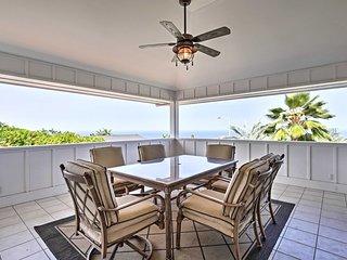 NEW! Cozy Kona Home w/Covered Lanai Near Beach!