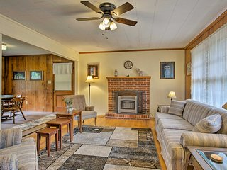 NEW! 2-Acre Columbus Getaway - 7 Miles to TIEC!
