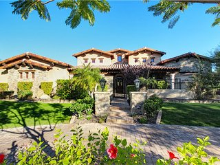 Scottsdale Tuscan Estate  There's Still Time for a Fun Filled Vacation