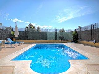 Villa con piscina y hermosas vistas Ref.251531