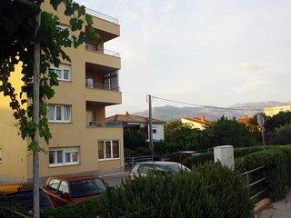Ana A(4+1) - Split