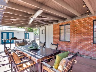 2 Guest Houses in Central Phoenix. Walk|LR City. Entertain Outdoors. Sleeps 7
