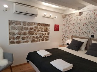Cozy room in the center of Dubrovnik with Internet