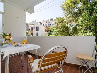 Apartment 1.5 km from the center of Dubrovnik with Internet, Washing machine, Ai