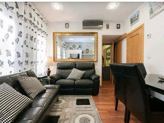 Apartment in the center of Madrid with Internet, Air conditioning, Parking, Wash