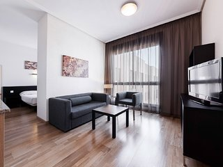 Apartment in Madrid with Internet, Air conditioning, Lift, Parking (1002549)