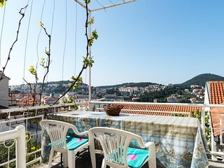 Cozy apartment in Dubrovnik with Internet, Balcony