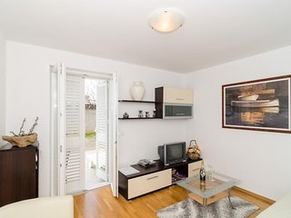 Apartment 885 m from the center of Dubrovnik with Internet, Washing machine, Air