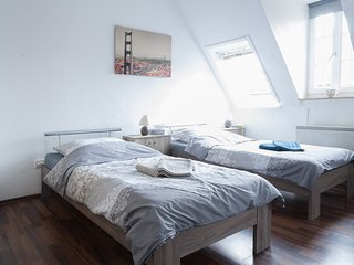 Studio apartment 373 m from the center of Hanover with Internet, Parking, Washin