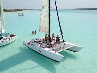 Upgrade your boat tour to a sailboat tour