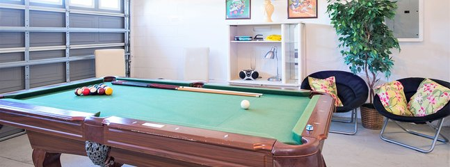 Games Room - pool table, darts and seating area