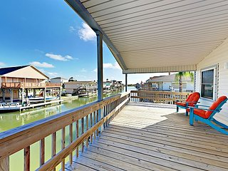 Waterfront 2BR w/ Private Fishing Dock on Canal
