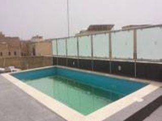 4 bedroom villa gharb airconditioned