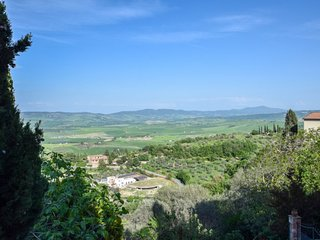 2 bedroom Villa in Rocca d'Orcia, Tuscany, Italy : ref 5639555